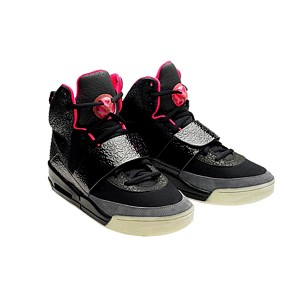 nike-air-yeezy-black-pink